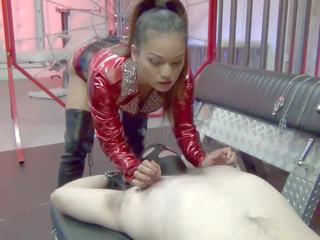 Asian Mistress Facesits Lucky Lucky Slave: Free HD Porn 53