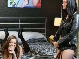 brunetka, ass do ujścia, analny