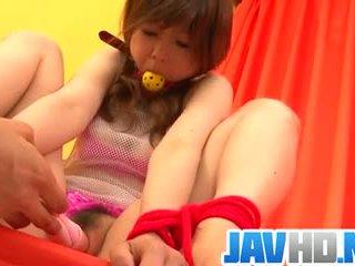 Miku airi amazes em pure asiática bondage porno exposição
