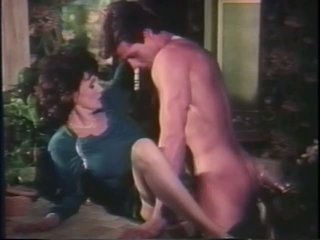 Peter North and Honey Wilder, Free Brunette Porn Video 33