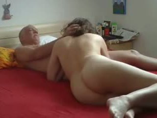 Rijpere vriendin: gratis amateur porno video- 82