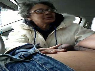 Γιαγιά καριόλα gumjob καταπίνοντας, ελεύθερα σπέρμα σε στόμα hd πορνό f2