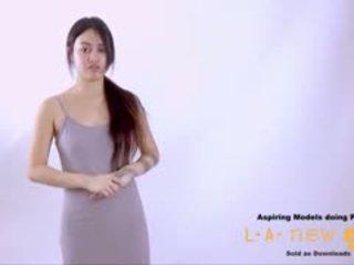 Supermodel bips geneukt bij auditie casting