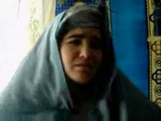Tajik chica follada por un pashton guy