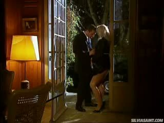 Sylvia Saint Giving Blowjob To That Guy On The Door Step !