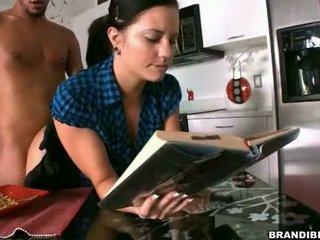 ปอนด์ ฉัน astounding ในขณะที่ ฉัน อ่าน mine หนังสือ