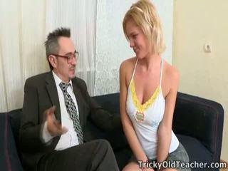 男女共学の fucks professor のために passing グレード