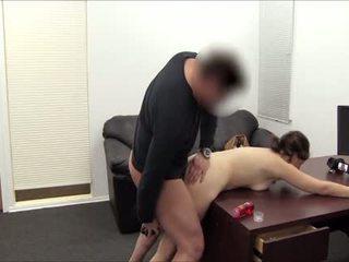 Slaba cassidy has da resort da analno seks