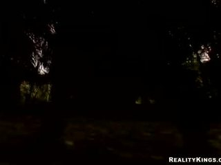 Nana juridique âge teenager ava rose engulfing sur son grand dur halloween bite traiter
