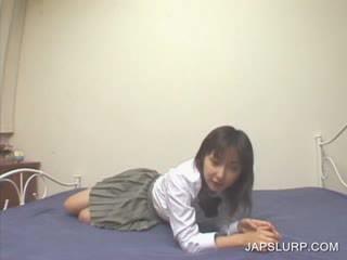 Japanese doll spreading leggs