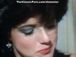 Christy Canyon, Bunny Bleu, Blondi in vintage sex movie