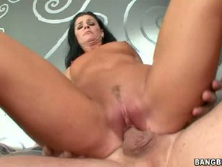 Shagging sensuous honning india summers sits henne taut rosa coochie onto en throbbing pole