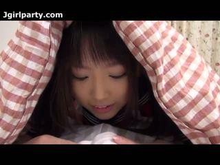 Super 可爱 和 角质 日本语 18yo 女学生