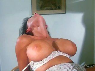 big boobs, vendimia