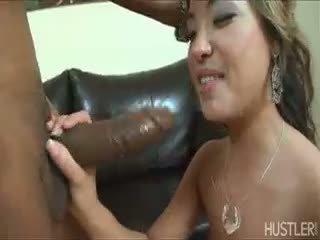bruneta, výstřik, interracial