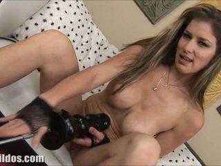 big boobs, seksa rotaļlietas, masturbācija