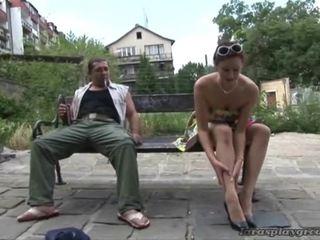 الجنس المتشددين, اللعنة الثابت, كبير الثدي