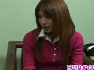 सफ़ेद सबसे, जापानी देखिए, हॉट थरथानेवाला देखना