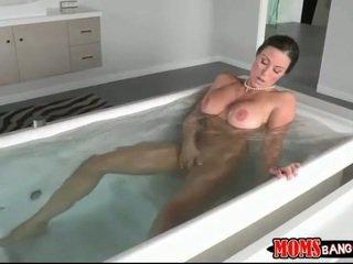 i ndyrë, oral sex, gjiri