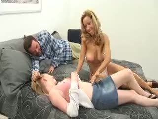 sexe de groupe vous, gros seins plein, pipe