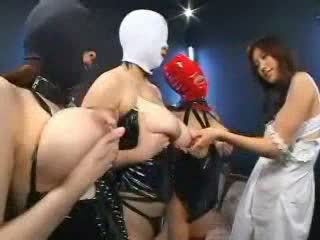 Consenting aziatisch slaves video-