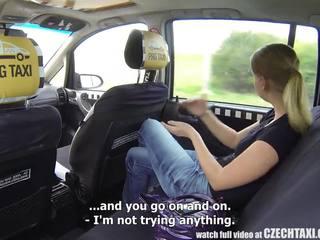 Čeština taxi - blondýnka dospívající gets jízda na ji život