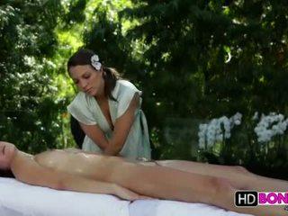 Malena morgan и lily любов лесбийки масаж