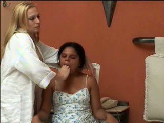 Lányok kényszerű vomit puke pukizás vomiting felöklendezés