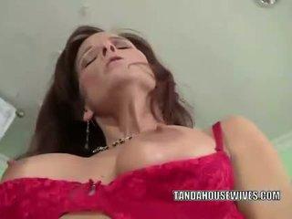 Slutty MILF Syren De Mer gets her mature pussy fuc
