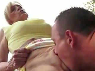 मेँ प्यार आप ग्रॉनी: फ्री बेब पॉर्न वीडियो ed