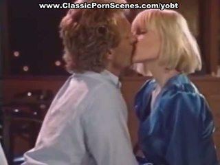 Seksikas blond on kiimas
