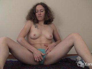 bruneta, telo, svalnatý