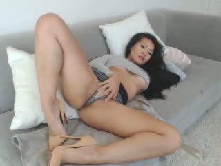 Seksuālā aziāti leilee vebkāmera teasing par the divāns: bezmaksas porno 0e