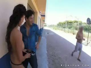 公 nudity teasing 到 热 口交