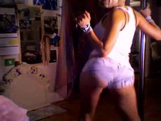 Aisha können dance