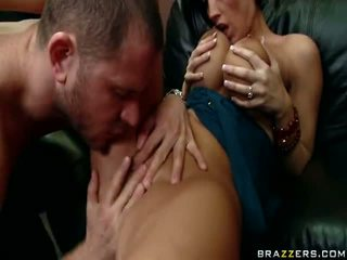 brunette, dicks lớn, vòi nước lớn