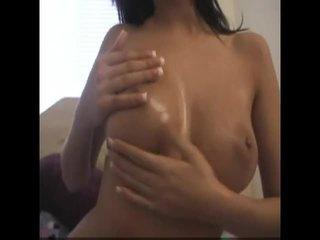 brunete, melones, big boobs