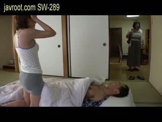 japonais, bébé, petits seins