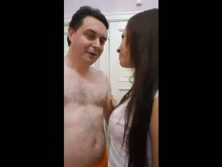 Andrea diprè fucks a kubieši meitene (yuri)