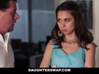 Dads swap e caralho daughters em prom noite
