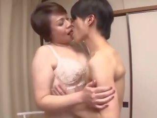 japonec, babičky, matures