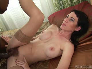 Hairy Mature In Kinky Interracial Action Gets Pussy Creamed