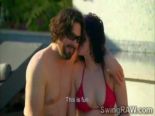 Swinger couples mieć impreza outdoors w realność pokaz