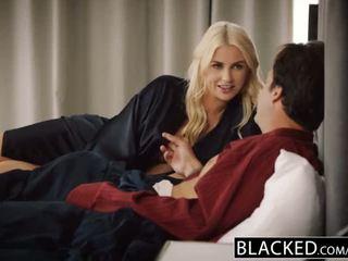 Blacked वाइफ gigi allens takes उसकी पहले बड़ा ब्लॅक कॉक