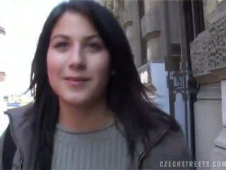 Checa streets veronika blows rabo para efectivo