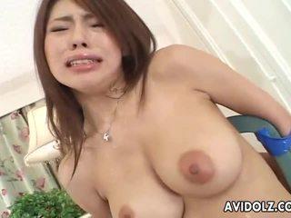 Cilik jepang babeh servicing two cocks