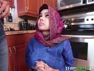 Arab giovanissima ada gets un warm fica cream