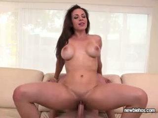 morena, faculdade, big boobs