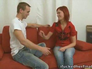 Tóc đỏ thiếu niên diana steamy đầu tiên thời gian giới tính trên đi văng