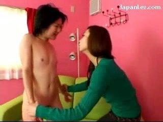 Asia gadis dengan tidak tetek getting dia puting tortured slapped untuk muka air liur untuk mulut